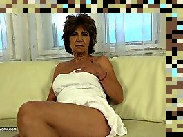 hairy granny masturbation